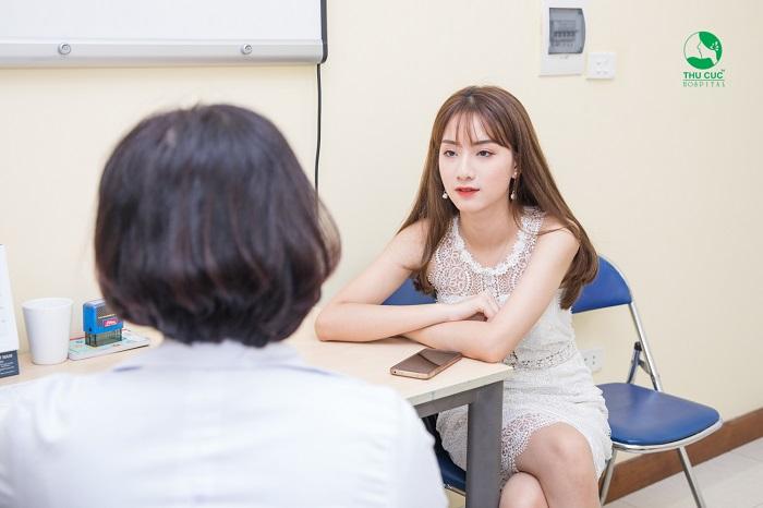 Trước khi đặt vòng tránh thai chị em hãy thăm khám lâm sàng và lắng nghe chỉ định của bác sĩ