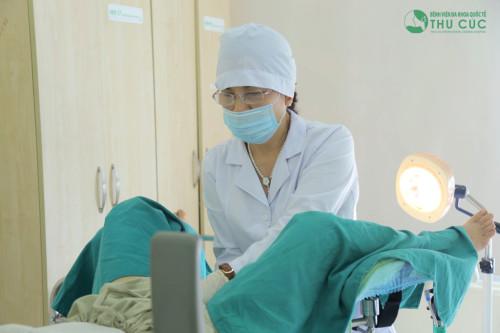 Với kỹ thuật khéo léo, tay nghề cao, bác sĩ Bệnh viện Thu Cúc sẽ tiến hành thụ tinh nhân tạo nhanh chóng, hiệu quả (ảnh minh họa)