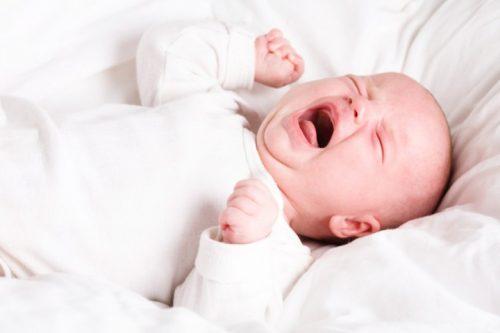 Có rất nhiều trường hợp trẻ sơ sinh và trẻ nhỏ bị viêm đường tiết niệu.
