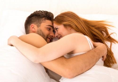Mụn rộp sinh dục lây lan qua đường tình dục