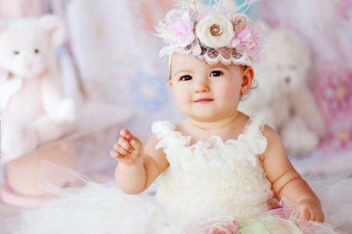 """4 hiện tượng bình thường ở """"vùng kín"""" của bé gái mẹ dễ lo lắng"""