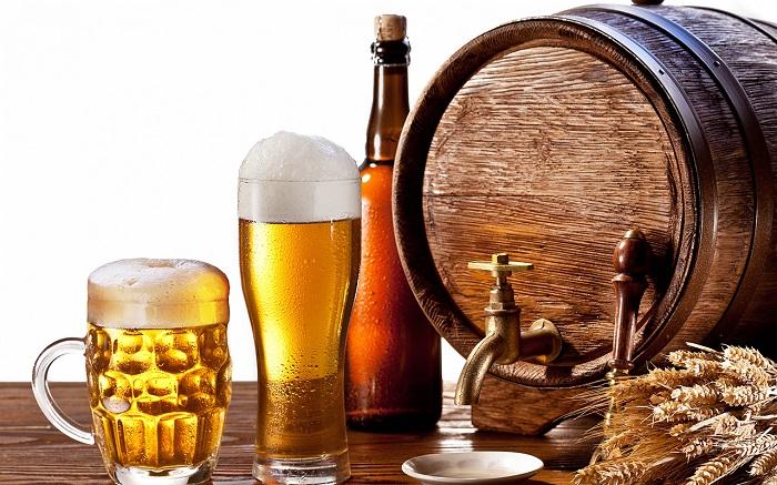 Người u xơ tử cung cần kiêng rượu bia và chất kích thích chứa caffein