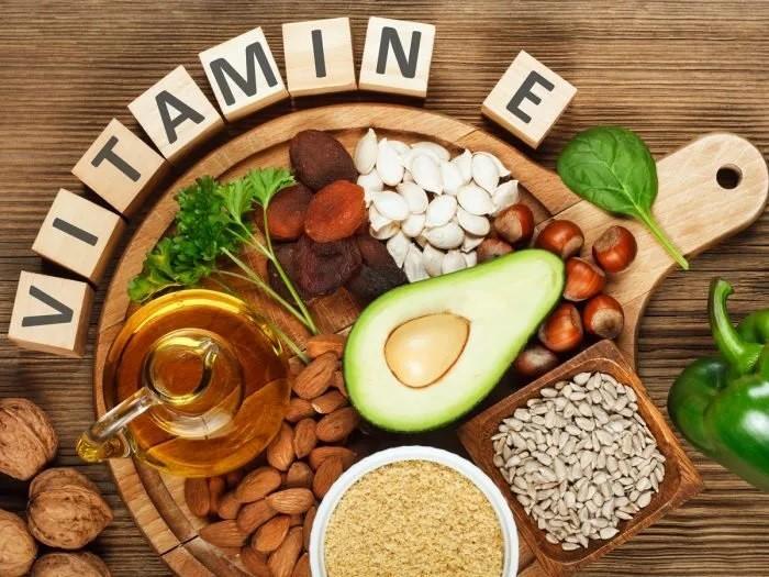 Vitamin E có tác dụng rất tốt trong việc làm đẹp và cải thiện khô rát âm đạo ở chị em phụ nữ