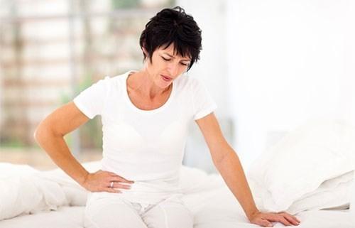 Tuy nhiên, bệnh cần điều trị nếu khối u gây đau bụng dữ dội, chảy máu tử cung