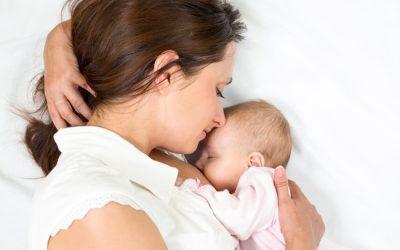 U nang vú có ảnh hưởng tới lượng sữa cho con bú?