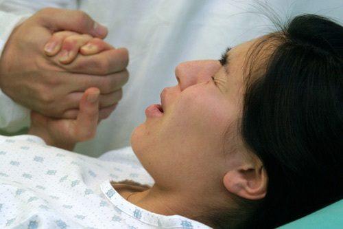 """Tập thở giảm bớt cơn đau đẻ, giúp mẹ có đủ sức lực cho cuộc """"vượt cạn""""."""