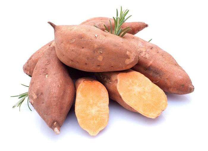 Khoai lang cung cấp nhiều vitamin và khoáng chất