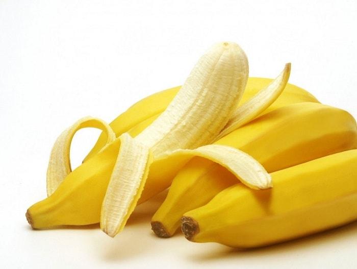 Chuối là loại trái cây bổ sung sắt cần thiết cho cơ thể mẹ và bé