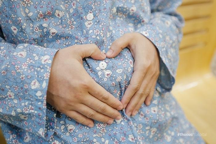 sinh con rạ sinh sớm hay muộn