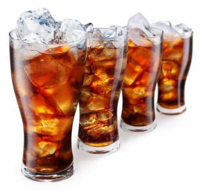 Không ăn những thức uống có ga, đồ ăn ngọt và thực phẩm nhiều đường