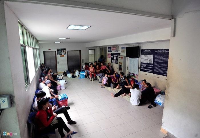 Do nhu cầu khám thai và sinh con tại đây khá cao nên bệnh viện phụ sản trung ương thường xuyên gặp tình trạng quá tải