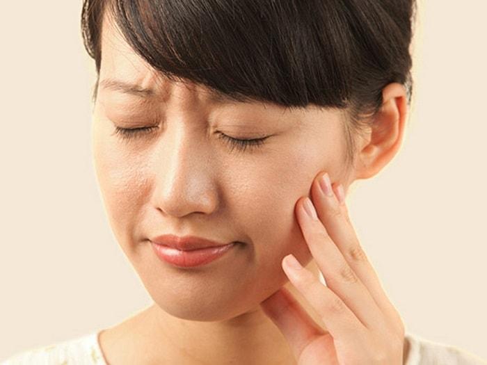 Đau răng khi mang thai tháng cuối