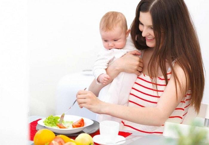 Chế độ dinh dưỡng khoa học cho mẹ sau sinh