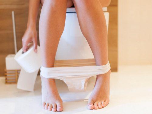 Mang thai tháng đầu vẫn có kinh nguyệt là bị làm sao?