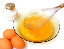 Sinh mổ có được ăn trứng gà không?