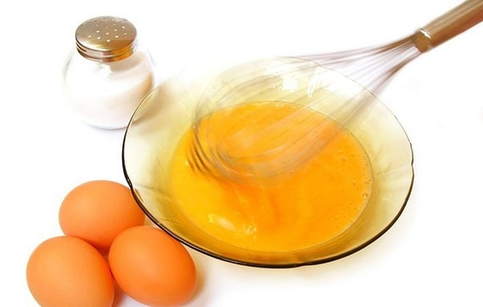 Mẹ sinh mổ vẫn có thể ăn lòng đỏ trứng