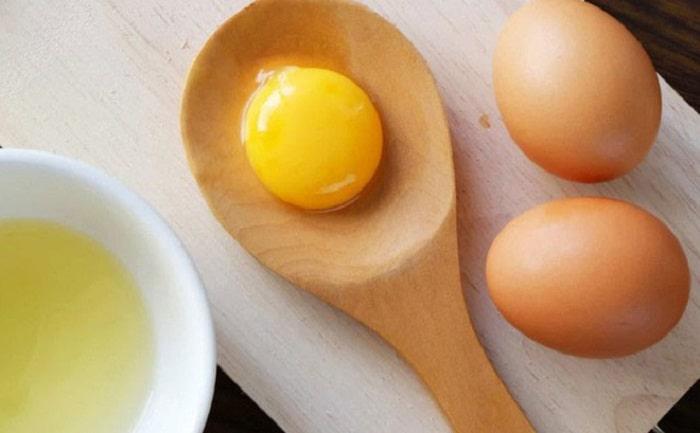 Sinh mổ có được ăn trứng gà không