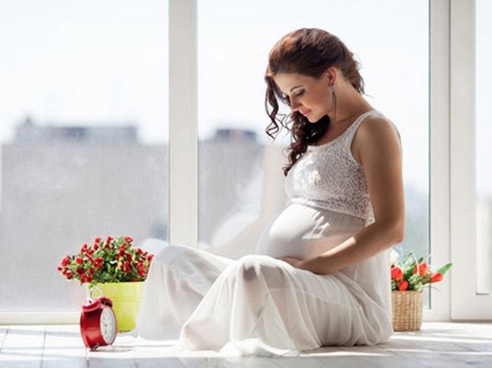 Mẹ bầu nên giữ tinh thần thoải mái và vui vẻ