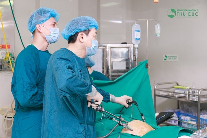 Chị em nên lựa chọn những cơ sở uy tín để khám và điều trị u nang buồng trứng