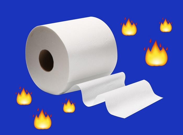 Dị ứng giấy vệ sinh cũng có thể gây đau vùng kín.