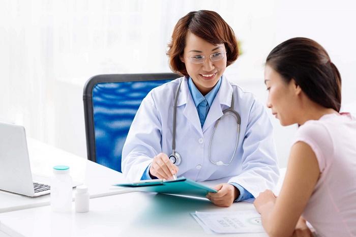 Đến gặp bác sĩ nếu tình trạng rối loạn kinh nguyệt sau sinh trầm trọng