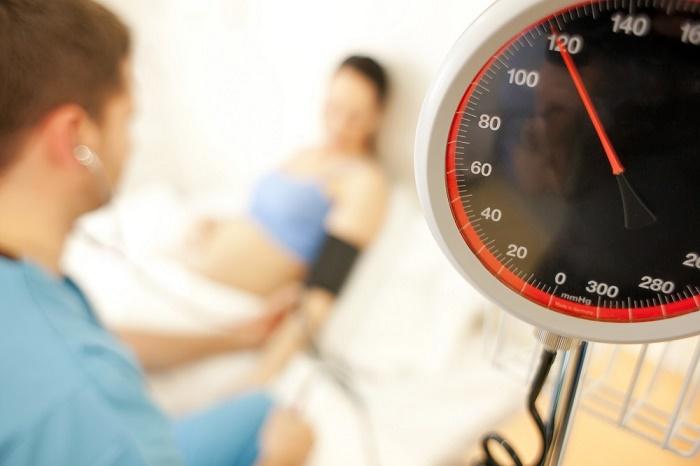 Nhiều mẹ bầu không biết triệu chứng của tiền sản giật là gì.