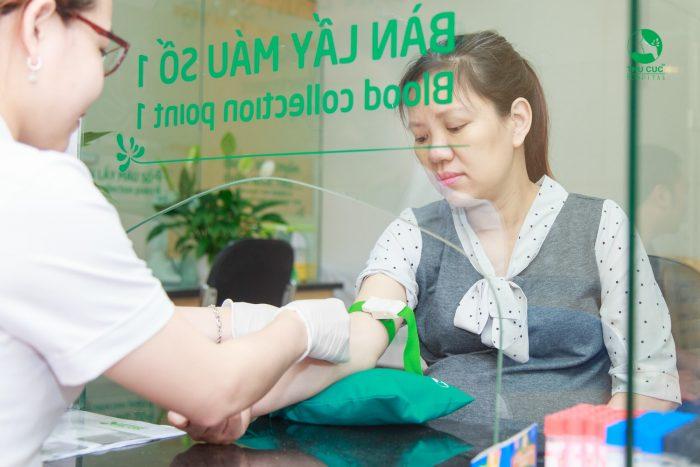 Có rất nhiều sản phụ, trong giai đoạn đầu của thai kỳ được các bác sĩ chỉ định thực hiện các loại xét nghiệm