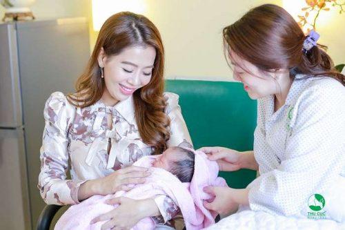"""Cùng MC Diệp Chi """"mục sở thị"""" dịch vụ Thai sản trọn gói tại Bệnh viện ĐKQT Thu Cúc"""