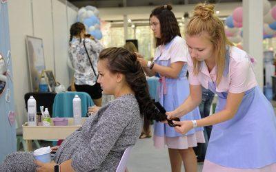 Mang thai nhuộm tóc được không?