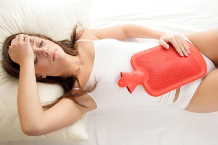 Kỳ kinh nguyệt đầu tiên sau khi bị sảy thai có thể lâu hơn, ra nhiều máu hơn bình thường.
