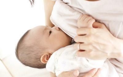 Tắc tia sữa bị sốt mẹ chớ xem thường