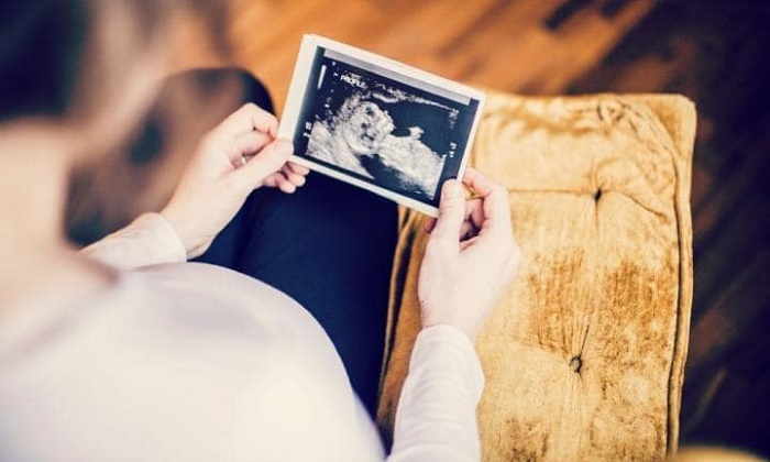 Cách dùng nhịp tim thai để đoán giới tính của trẻ có tỷ lệ chính xác là 50/50