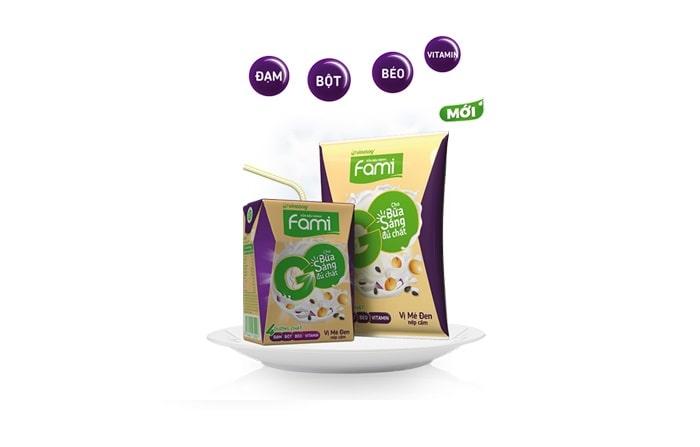 Trong sữa đậu nành chứa rất nhiều chất dinh dưỡng tốt cho sức khỏe của mẹ bầu và thai nhi