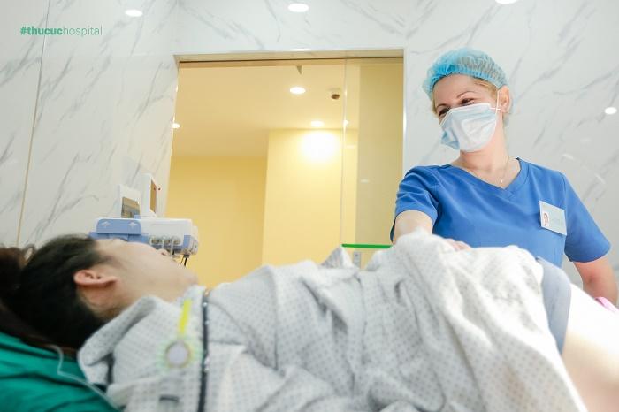 Diễn viên Dũng hớn: Vợ mình nhất định đòi đẻ ở Thu Cúc vì thích bác sĩ Quốc tế