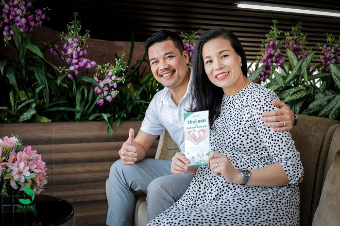 """Cầu thủ Phạm Như Thuần đưa vợ đi đẻ: Tiết lộ địa chỉ sinh nở """"sướng như bà hoàng"""" 1"""