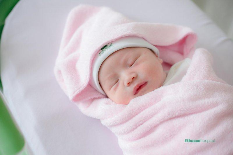 Đặt tên con thuộc mệnh Mộc sao cho hợp phong thủy là điều được nhiều bố mẹ chú trọng