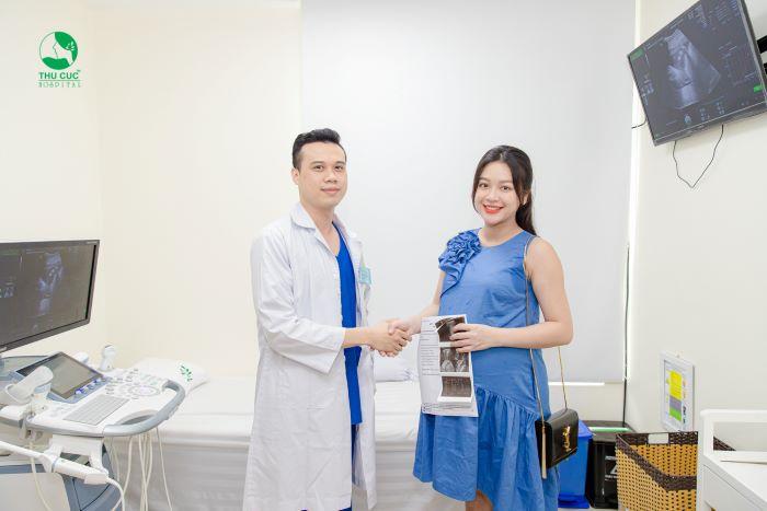 Khám thai ở 3 tháng cuối giúp mẹ phòng tránh được các biến chứng thai kỳ