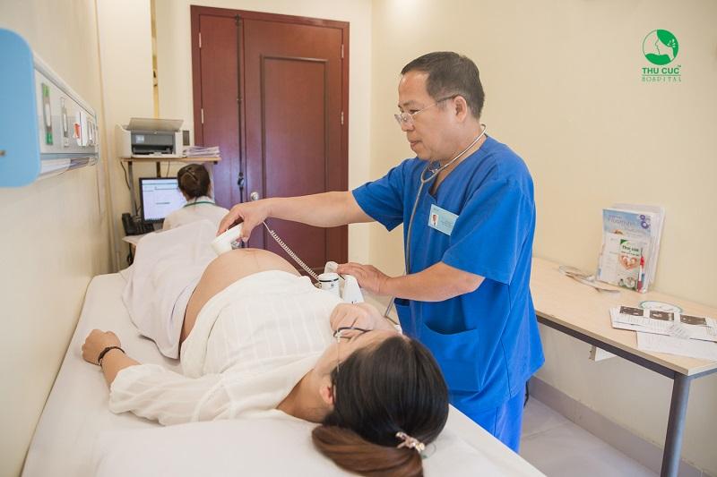 Phụ nữ trên 35 đến 40 tuổi có nên sinh con không, chị em có thể cần nhờ đến sự trợ giúp từ các kỹ thuật y học