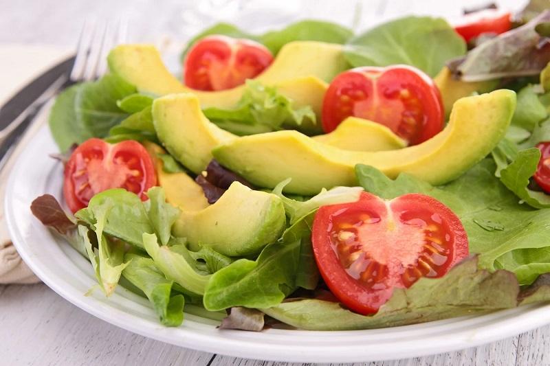Món Salad bơ được nhiều mẹ bầu yêu thích