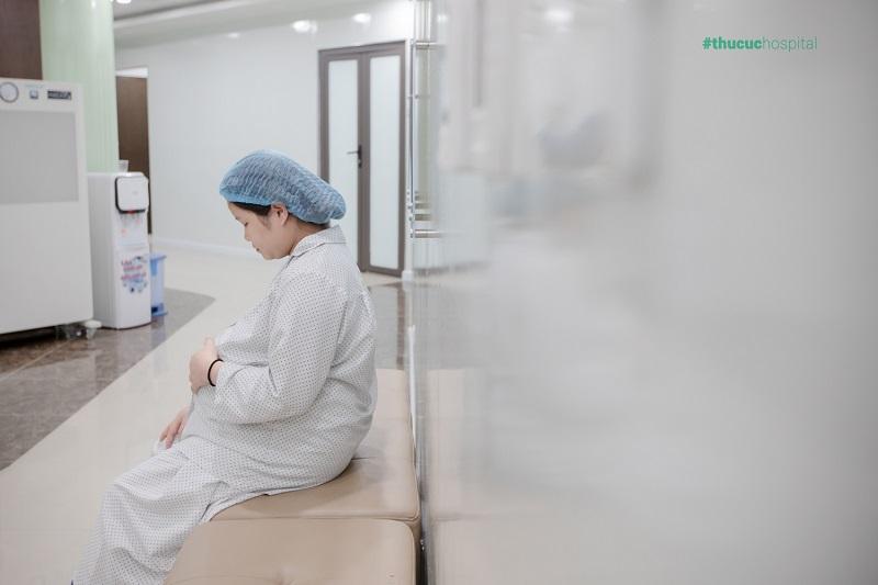 """""""Cảm giác lần đầu vào phòng mổ, lại được thông báo thai to, tăng huyết áp… thực sự khiến mình lo lắng…"""" Tăng huyết áp thai kỳ, mẹ bầu hạ sinh an toàn tại Thu Cúc, đón bé gái 4kg"""