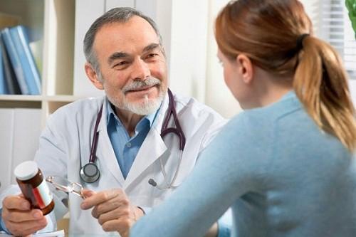 Kinh nguyệt không đều có nên uống thuốc tránh thai
