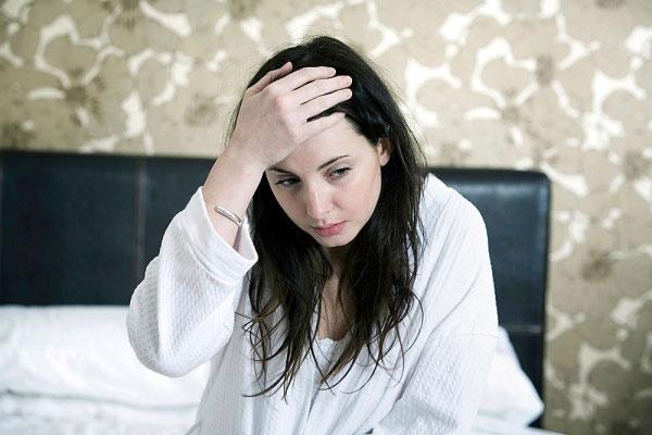 Đảm bảo sức khỏe cho phụ nữ tiền mãn kinh bằng cải thiện giấc ngủ