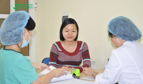 Cách phân biệt giữa phù bình thường và phù do nhiễm độc thai nghén