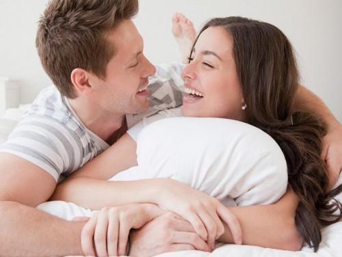 Quan hệ tình dục bừa bãi là nguyên nhân chính gây mụn rộp sinh dục ở cả nam và nữ.