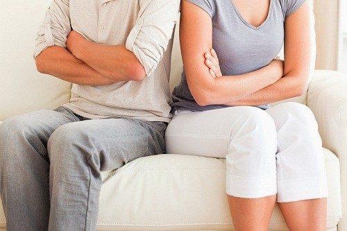 Có nhiều nguyên nhân gây nên tình trạng vô sinh (30% là do chồng, 30% là do vợ, 30% là do cả hai và 10% là không rõ nguyên nhân).