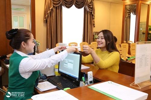 Đặt hẹn và thực hiện các thủ tục thăm khám, nhập  viện nhanh chóng và thuận lợi với sự giúp đỡ của đội ngũ nhân viên y tế chuyên nghiệp.