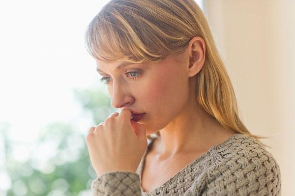 Bị viêm cổ tử cung có sinh thường được không?