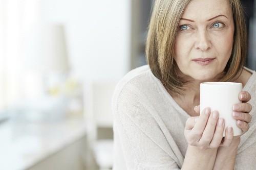 Phụ nữ mãn kinh có mắc bệnh phụ khoa?
