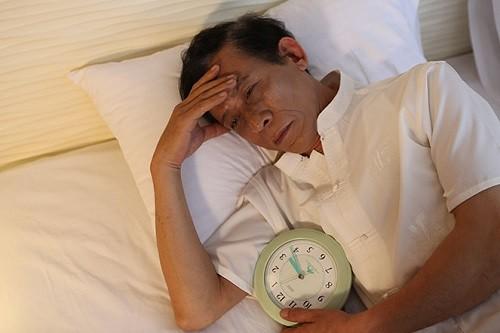 Tiểu rắt kéo dài, tiểu nhiều về đêm là triệu chứng của tăng sinh tuyến tiền liệt