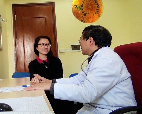 Dù chữa viêm cổ tử cung bằng phương pháp nào cũng cần thực hiện theo chỉ định của bác sĩ chuyên khoa